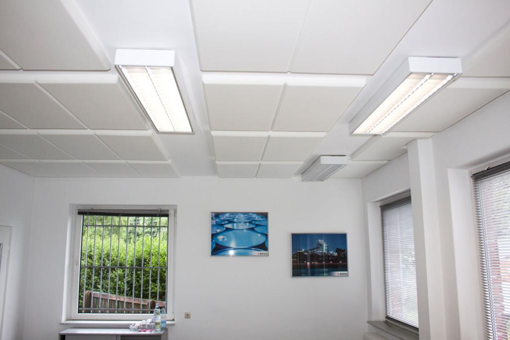Akustik-Dämmung als Deckenverkleidung, Melaminharzschaum - FSK, Stuttgart, - Deckenabsorber-Konferenzraum - Akustik Dämmung, Bauakusitk mit Melaminharzschaum